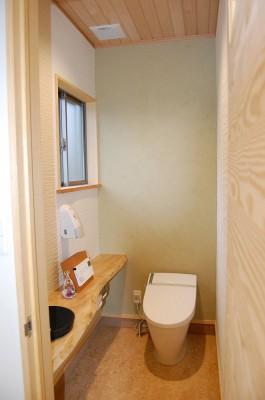 木楽ショウルームのお客様用トイレ。見に来てね。