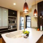 キッチン:奥様の憧れだったオープンキッチン。お料理しているお母さんのところに家族が集まるようになりました。